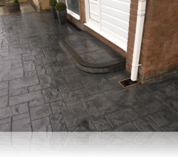 Radial Step in London Cobble
