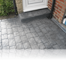 London Cobble Path and Step Platinum Grey