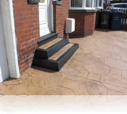 Tiered Boot Kerb Steps in Octagon Stone
