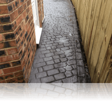 Country Cobble Path in Steel