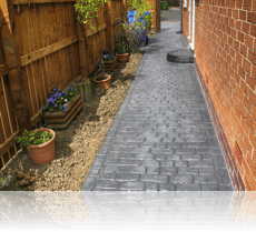 Country Cobble Path in Platinum